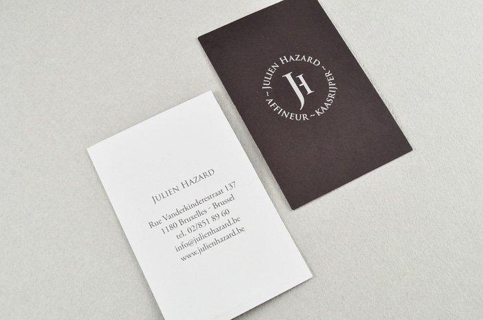naamkaart en logo Julien Hazard