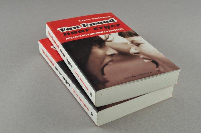 cover van kwaad naar erger uitgeverij Van Halewyck
